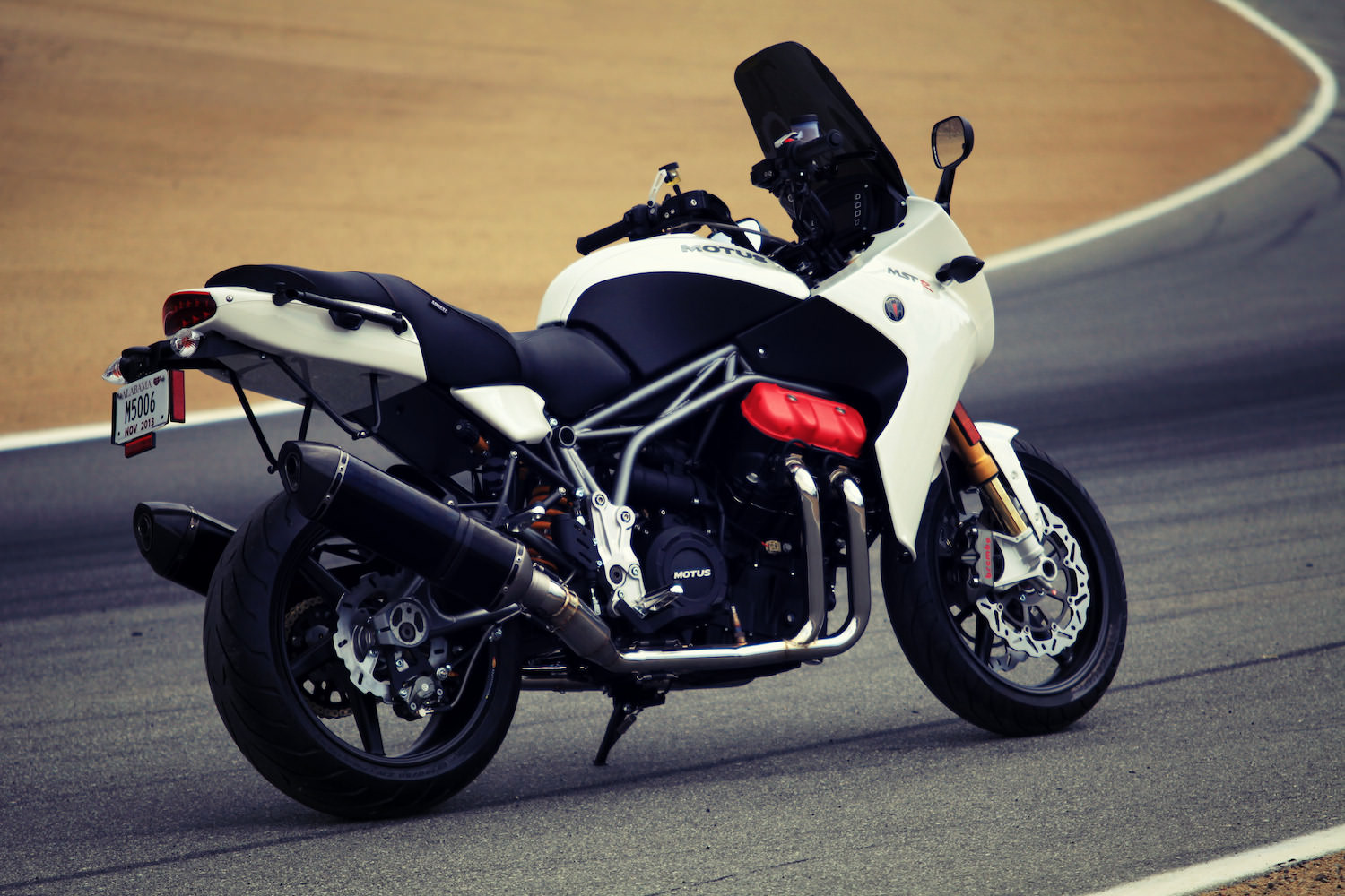 motus motorcycle mst motorcycles touring sport american v4 bike production silodrome mstr version motor sports revealed engine cycles introduces related