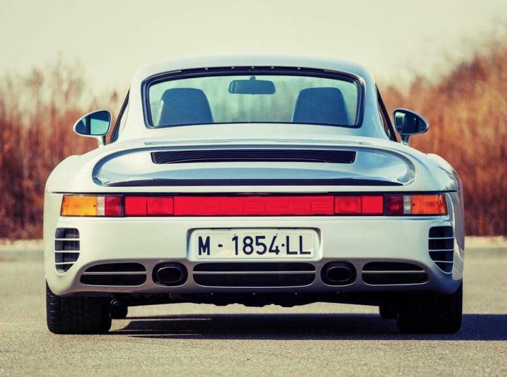Porsche 959 back_Fotor