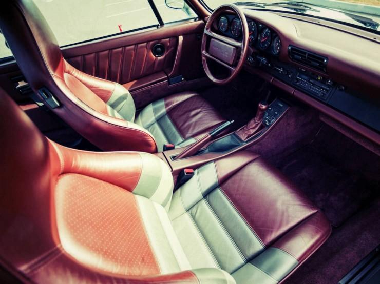 Porsche 959 interior 2_Fotor