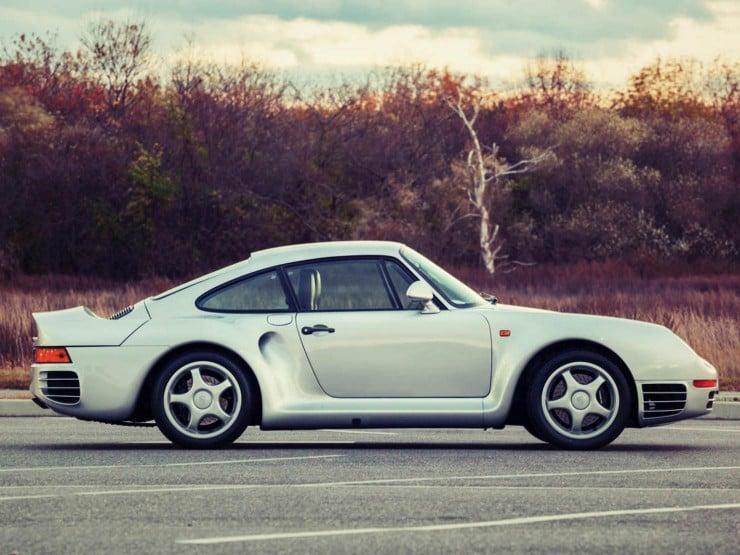Porsche 959 side_Fotor