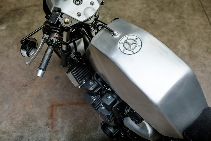Yamaha XJR1300 10