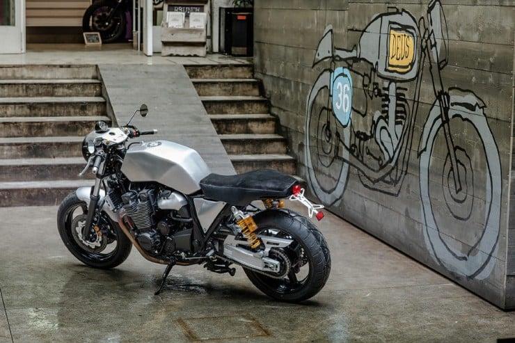 Yamaha XJR1300 4