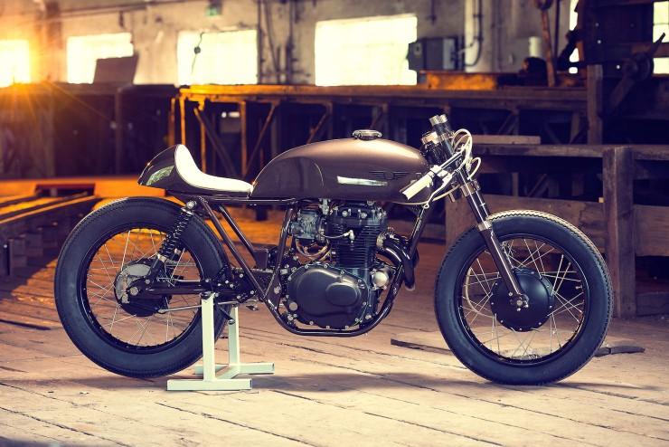 Honda CB250 3 740x494 Honda CB250 by Exesor Motorcycles
