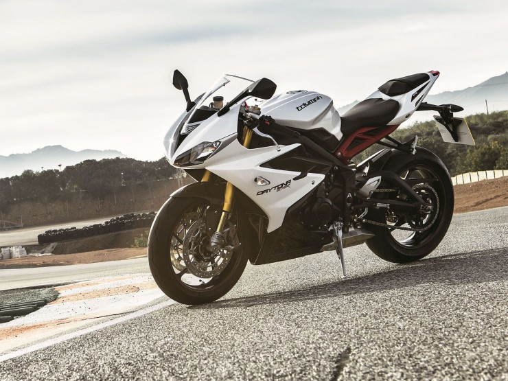 Triumph Daytona 675 740x555 Affordable Superbikes   The eBay Collection
