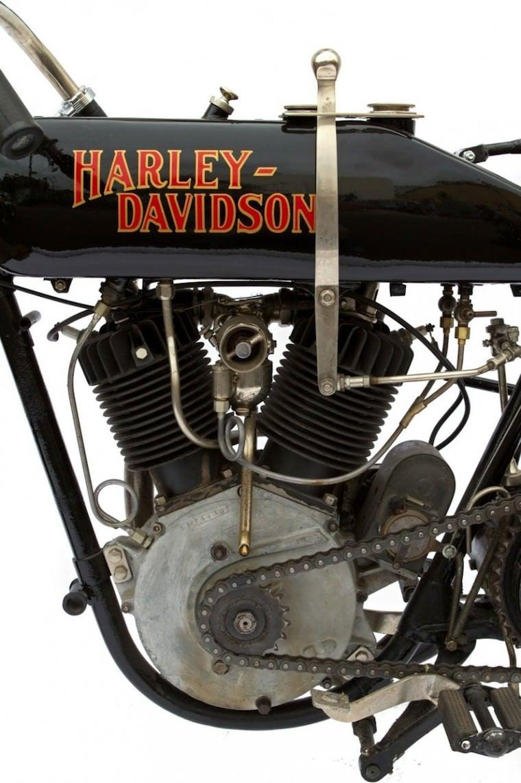 Harley Davidson: Harley-Davidson 17-T Board Track Racer