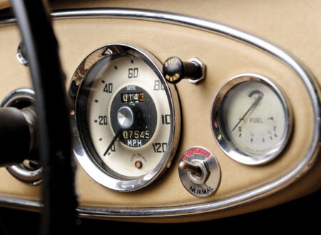 austin healey wallpaper 450x330 - Austin Healey Dash Wallpapers