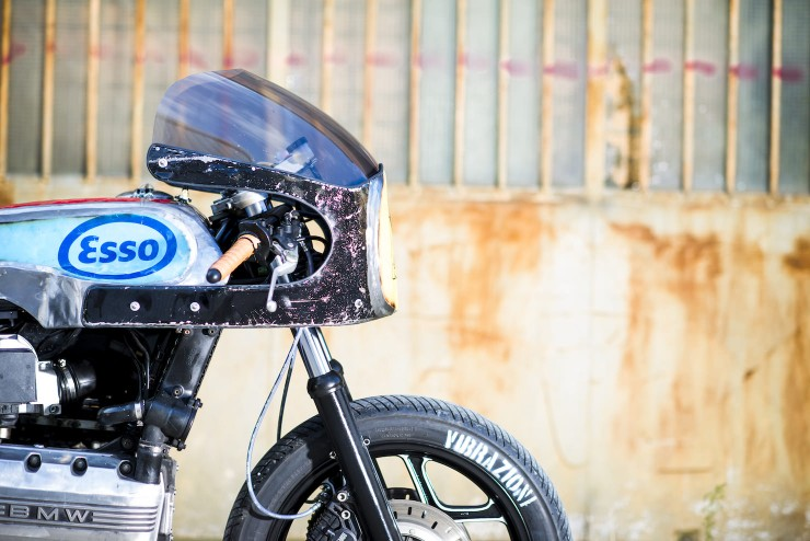 bmw k100 cafe racer 2 740x494 BMW K100 Cafe Racer