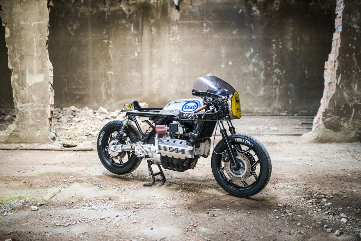 bmw k100 cafe racer 6 740x494 BMW K100 Cafe Racer