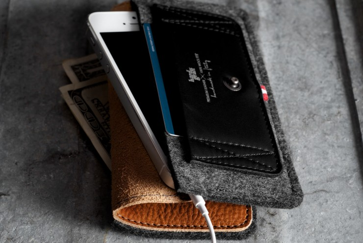 iPhone Wallet by HardGraft 3