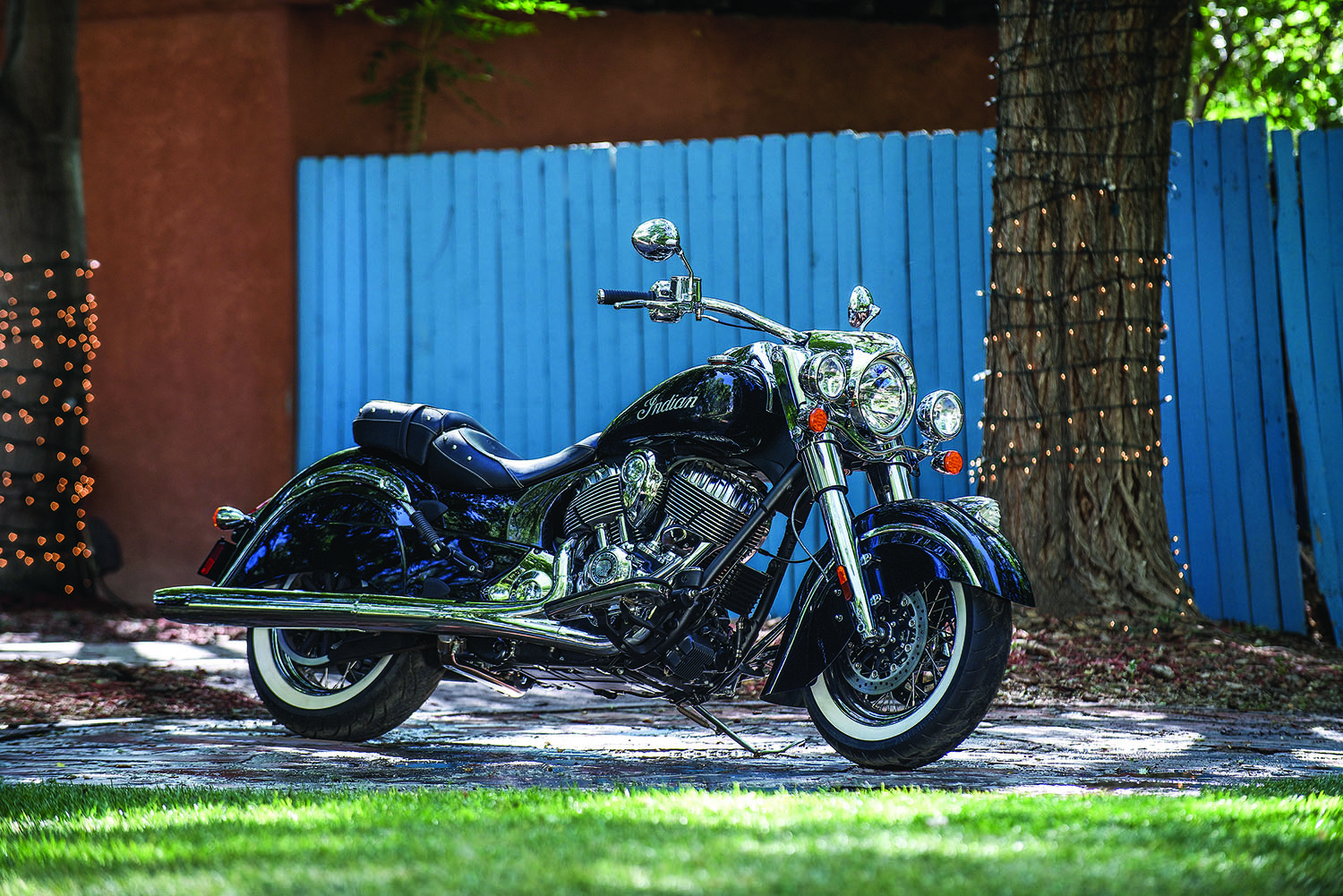 Popular Mechanics Sweepstakes >> 2014 Indian Chief Classic Giveaway