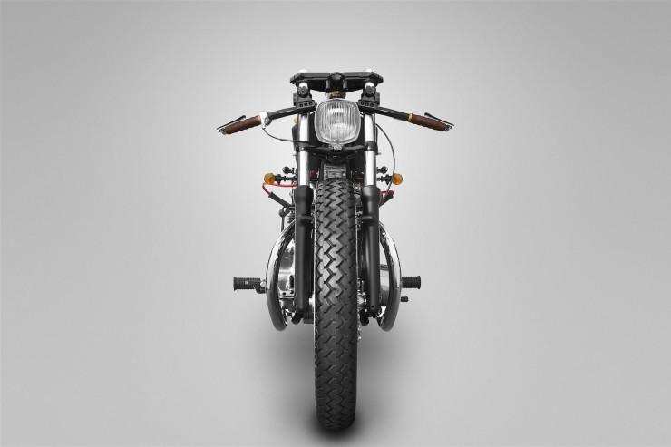 Yamaha XS650 Custom 3