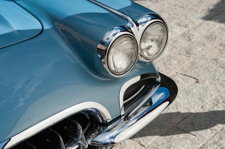 1960 Chevrolet Corvette 6