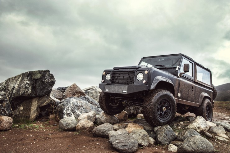 Land Rover D90 Custom 11