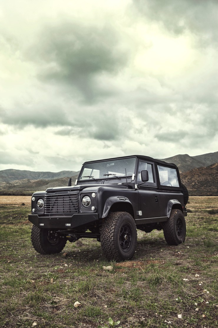 Land Rover D90 Custom 13