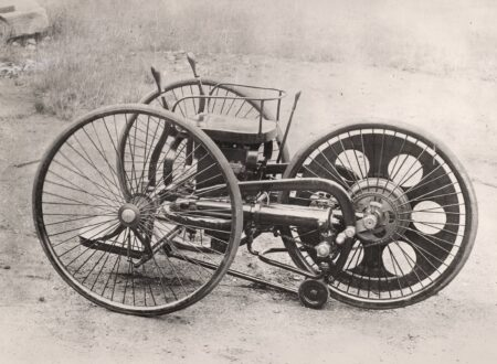 The Worlds First Motorcycle