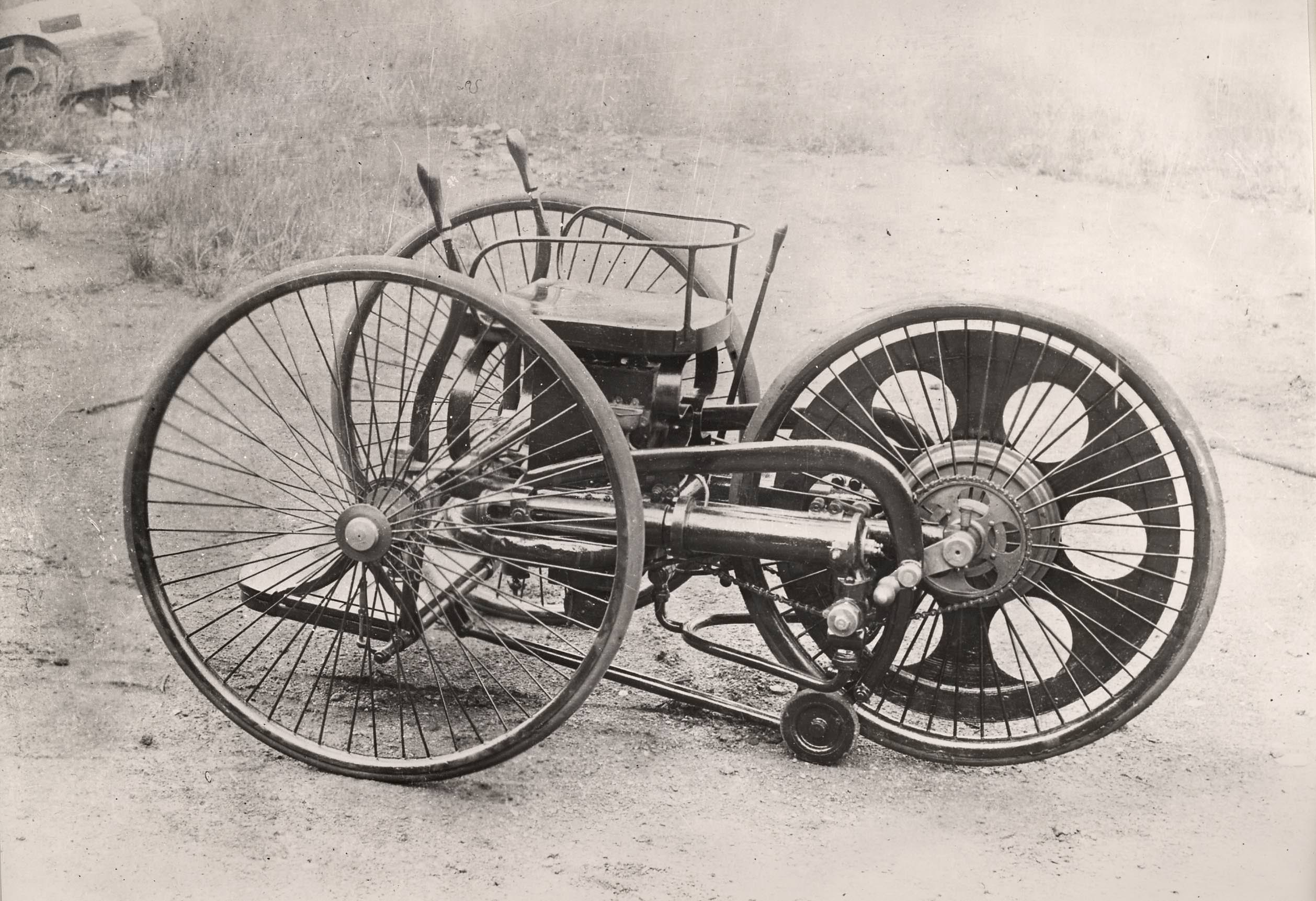 The World\'s First Motorcycle