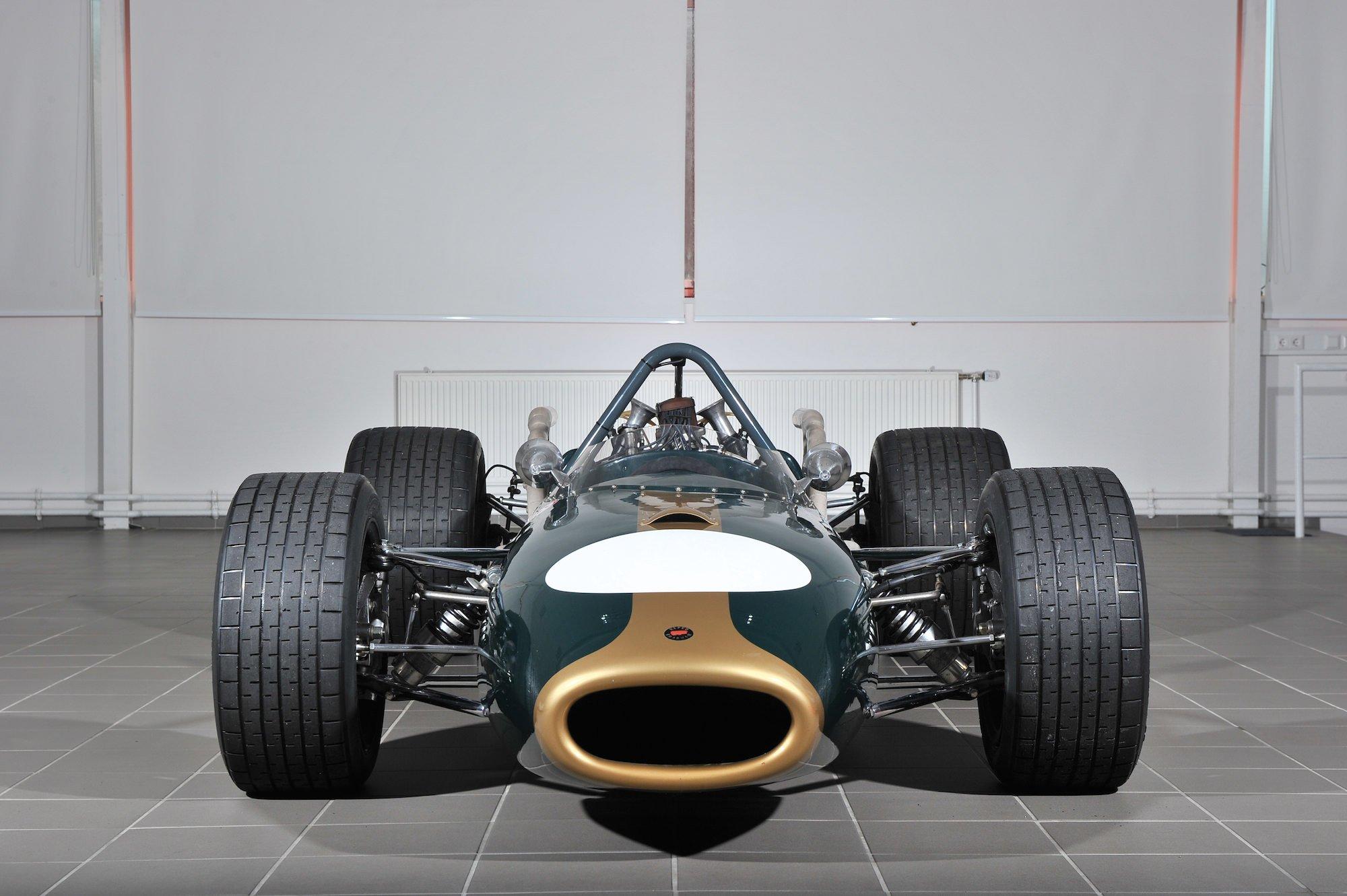 Brabham F Car on 4 Cylinder F 1 Engines