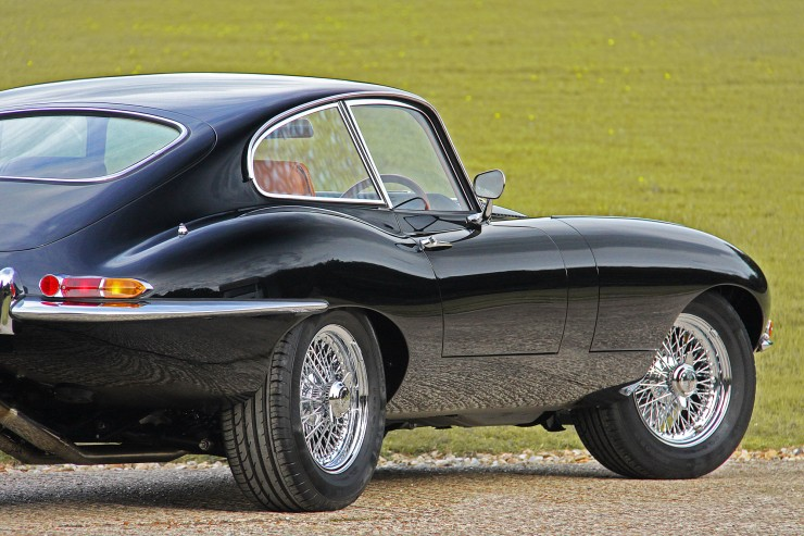 e-type jaguar coupe