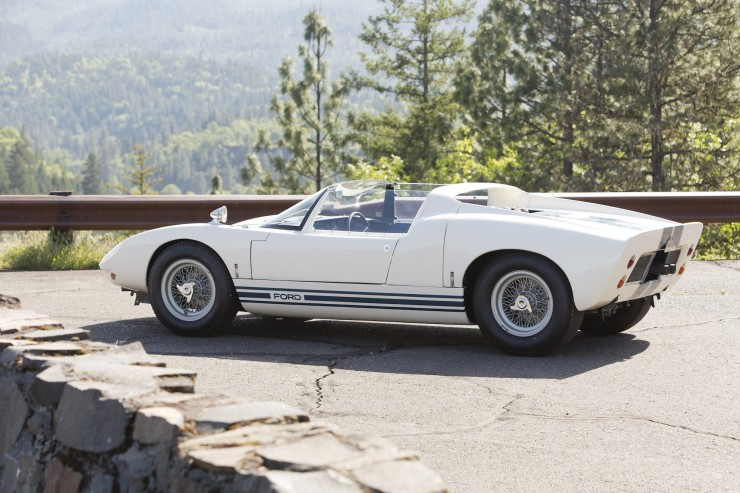 Ford GT40 Roadster 1