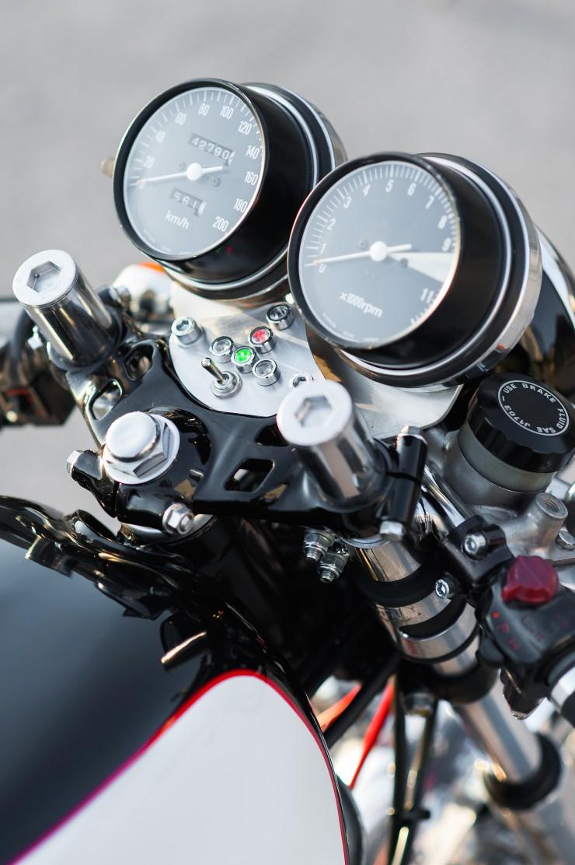 Honda CB550 Cafe Racer 4