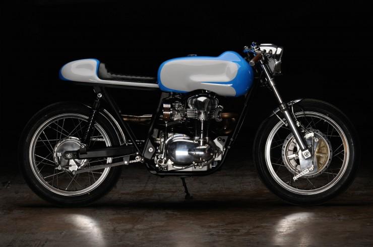 Kawasaki W650 19