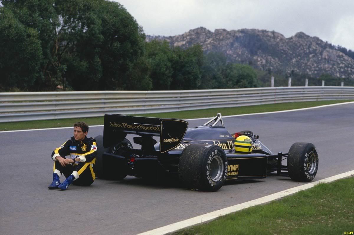 Lotus 97T + Ayrton Senna - Ayrton Senna's Lotus 97T