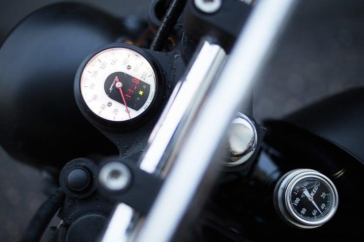 SR400 Custom Motorcycle 6
