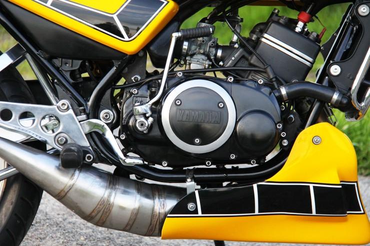 Yamaha RD350 LC 11