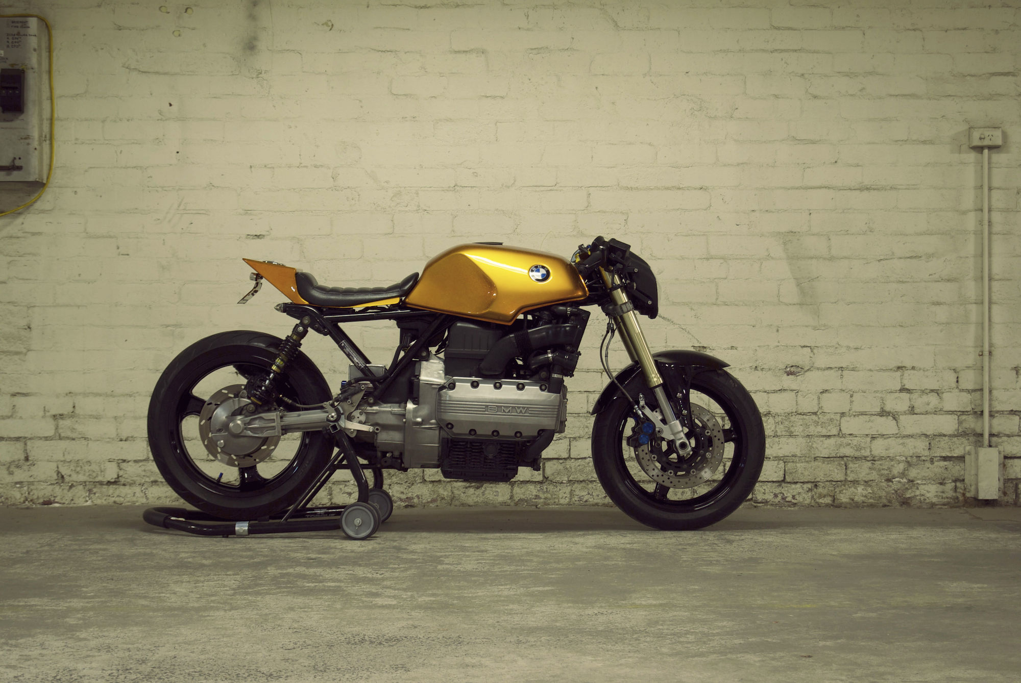 Motorcycle Specifications Bmw K T Custom A Campagna Trex 16s Powered By K1600 Magazine