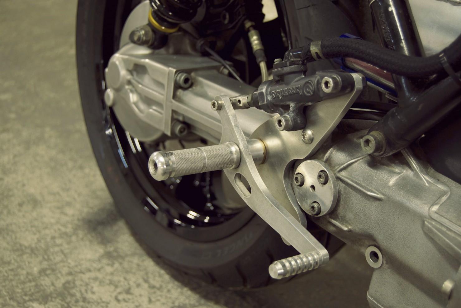 BMW K100 Motorcycle 4
