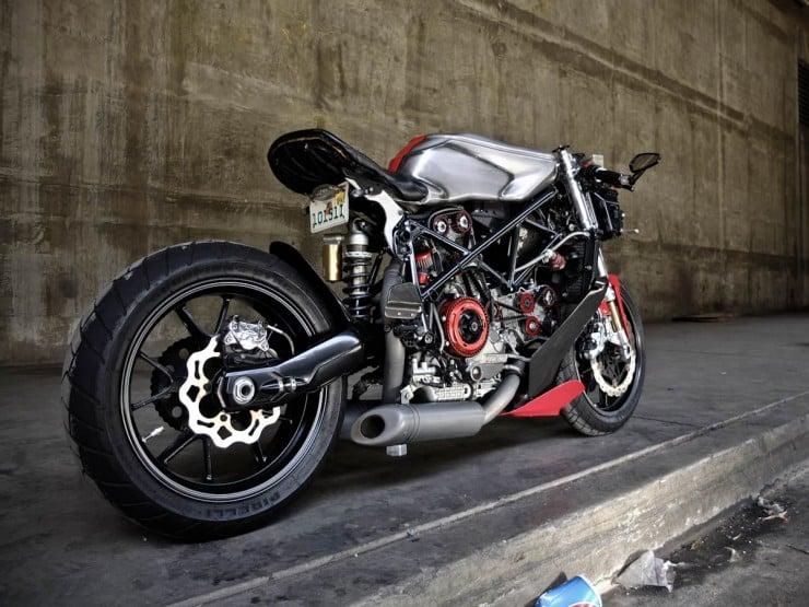 Ducati 749 2