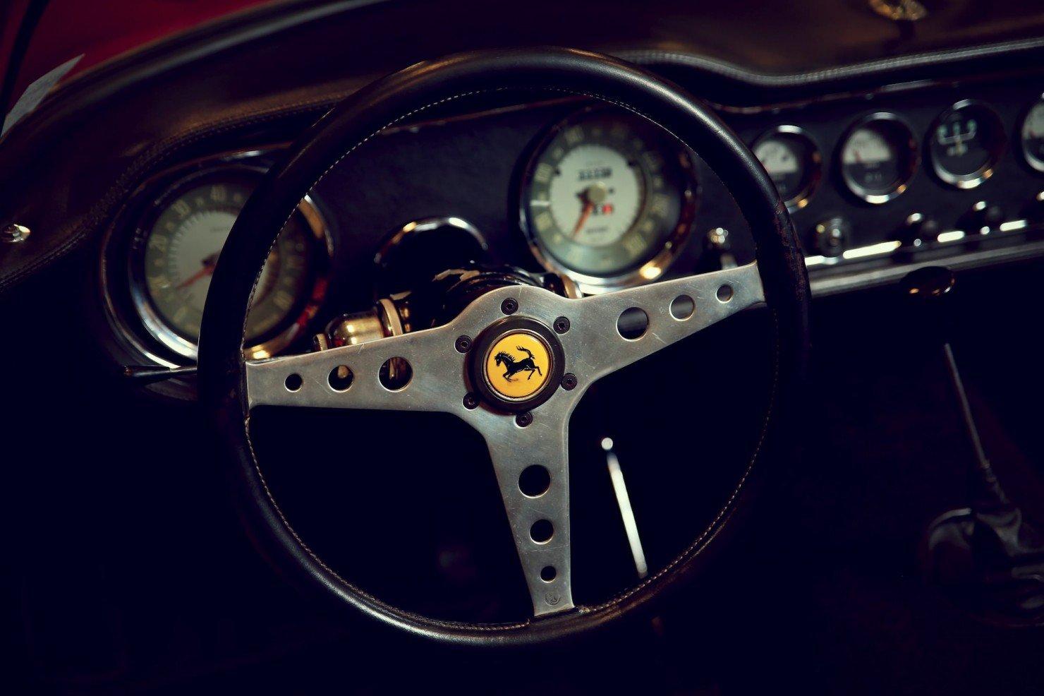 Ferrari 250 GT N.A.R.T. Spider by Fantuzzi 10