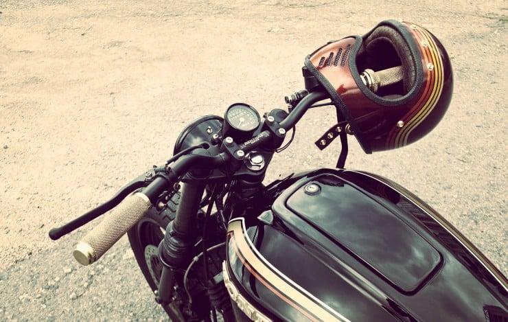 Honda CB750 handlebars_Fotor