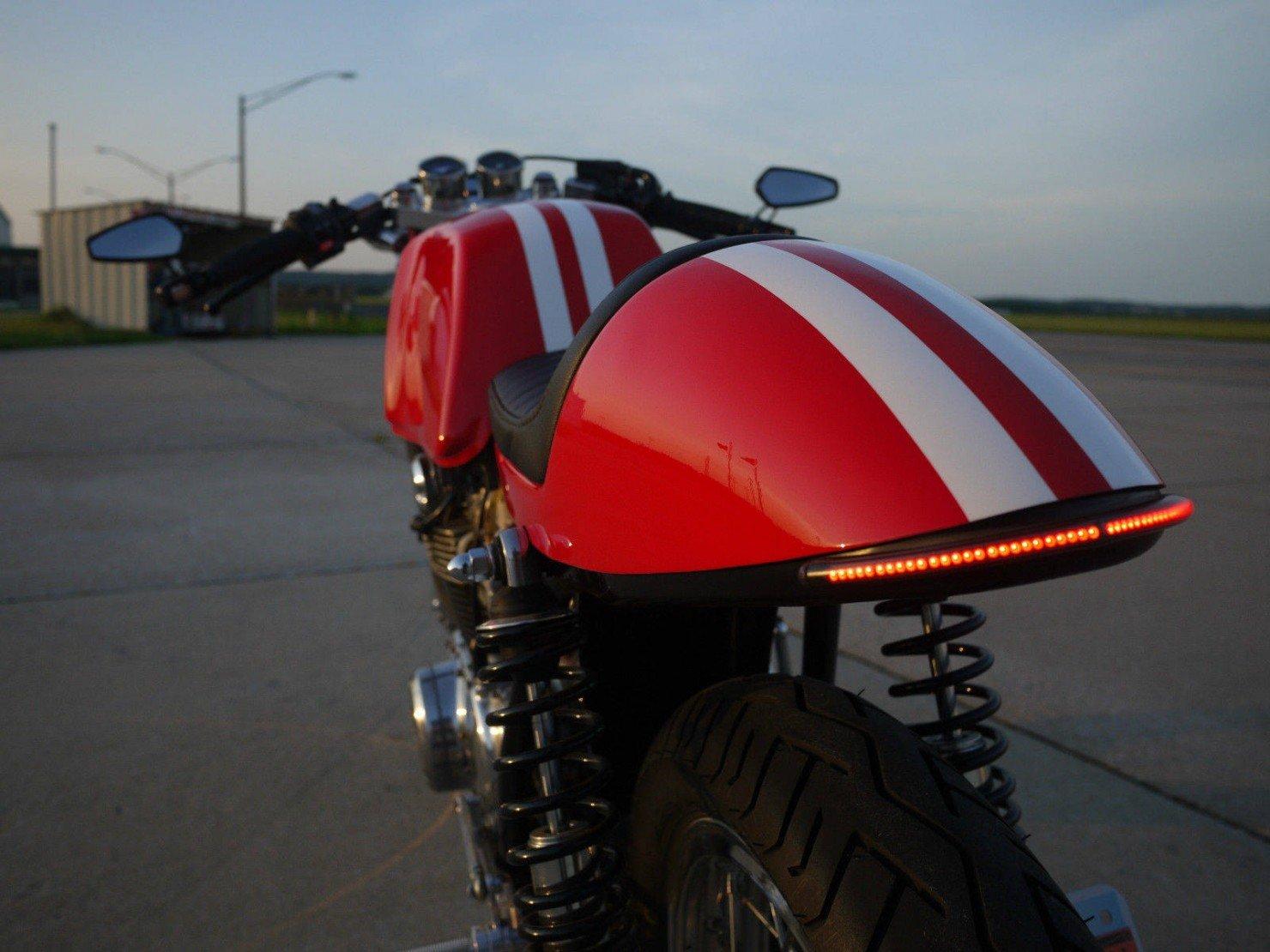Honda_CB350_Cafe_Racer_11