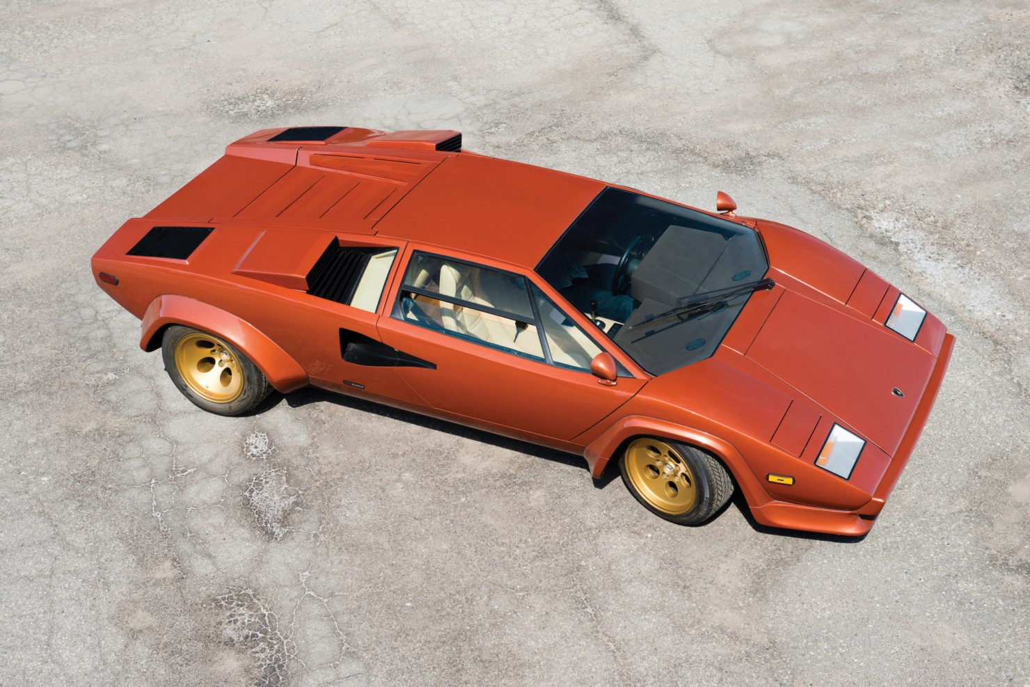 Lamborghini_Countach_LP400S_10
