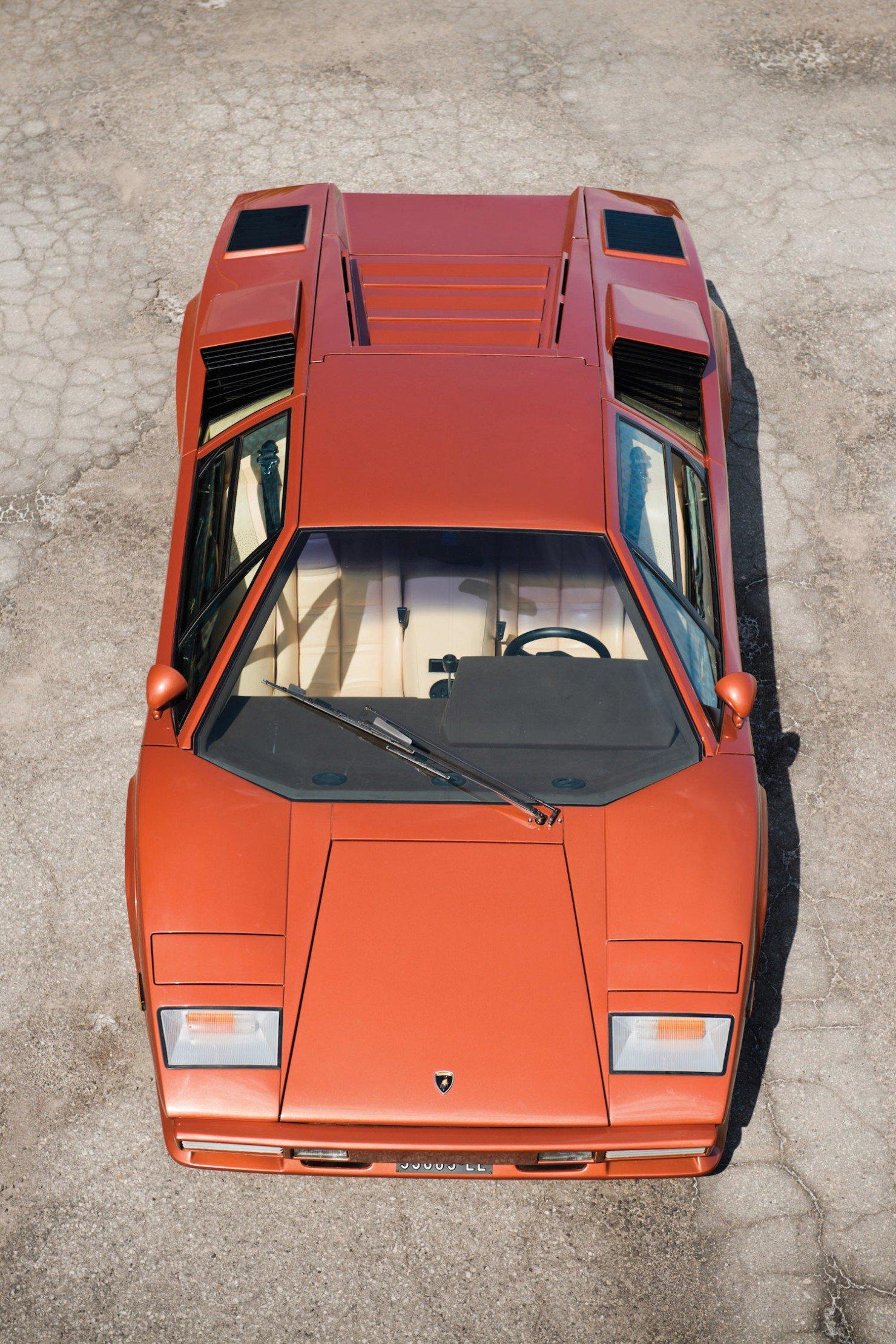 Lamborghini_Countach_LP400S_12