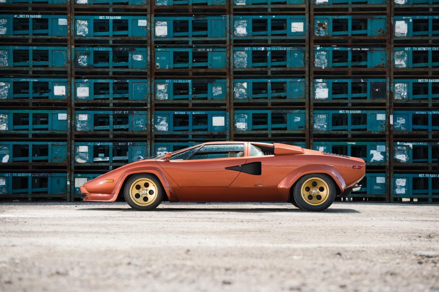 Lamborghini_Countach_LP400S_4