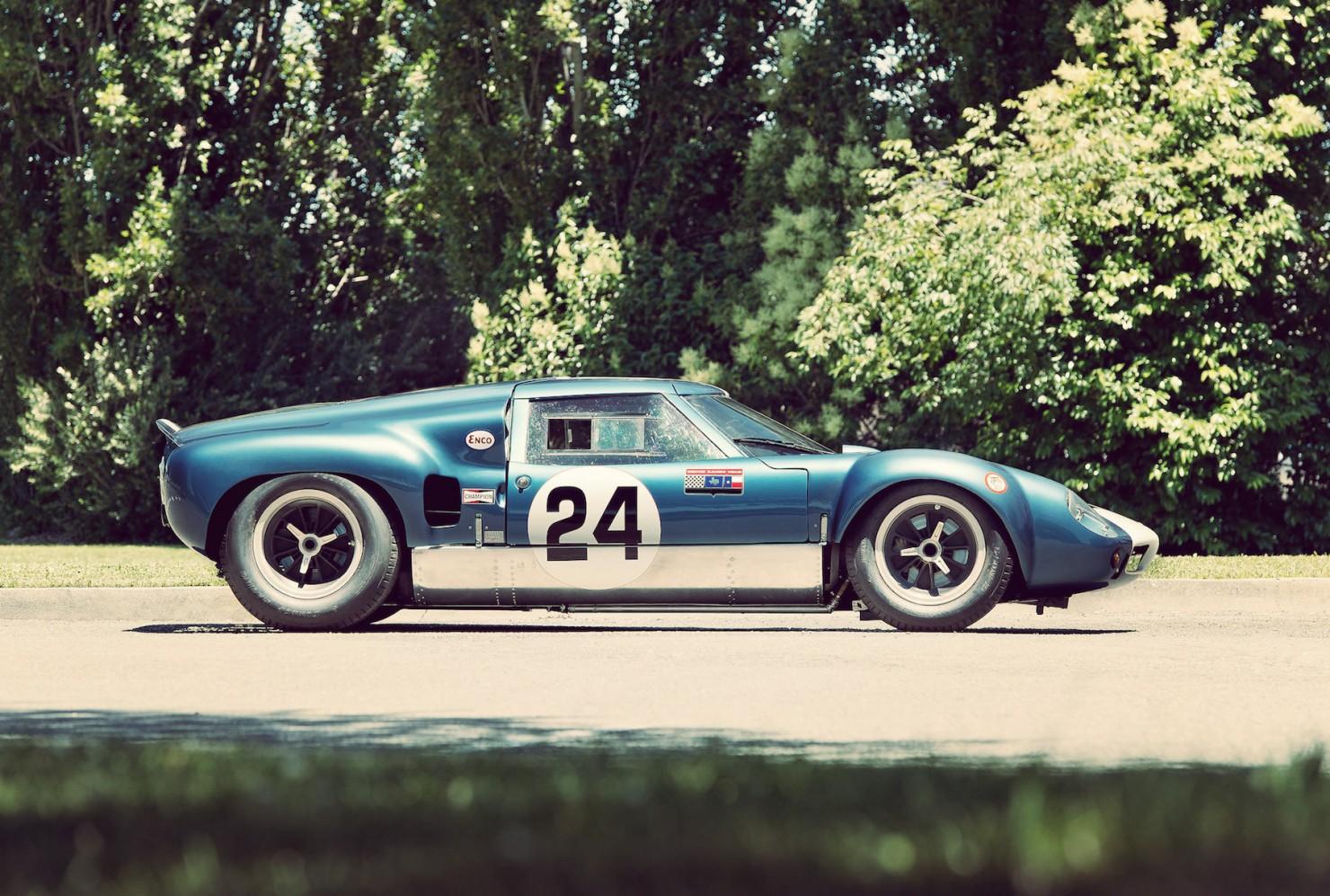 Lola_MK6_GT_Car_4