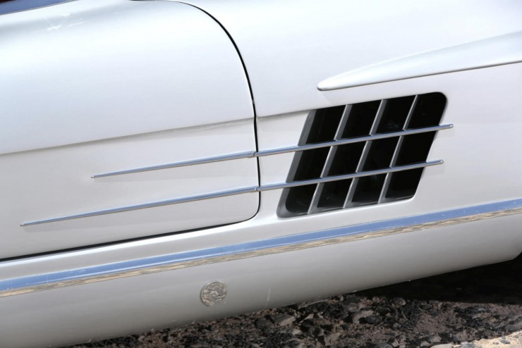 Mercedes-Benz_300SL_Roadster_4