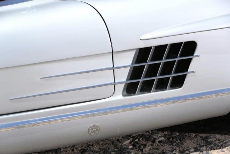 Mercedes-Benz_300SL_Roadster_4