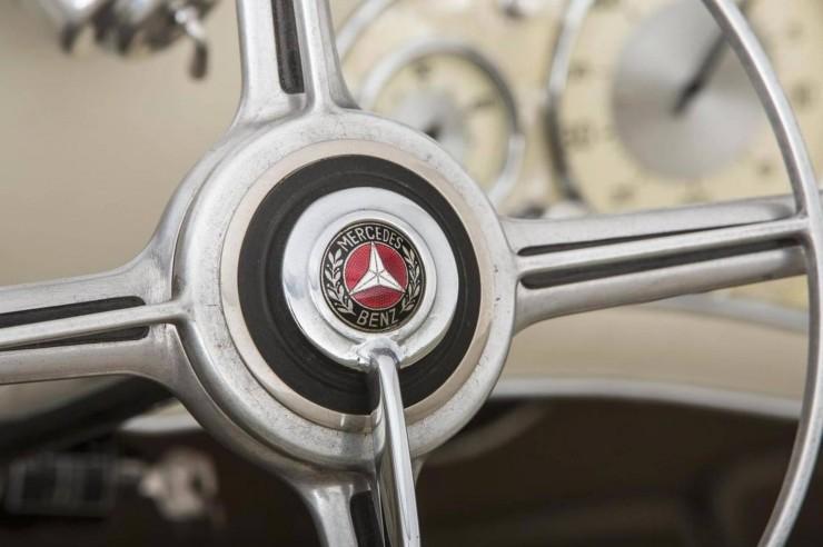 Mercedes-Benz_500K_540K_9