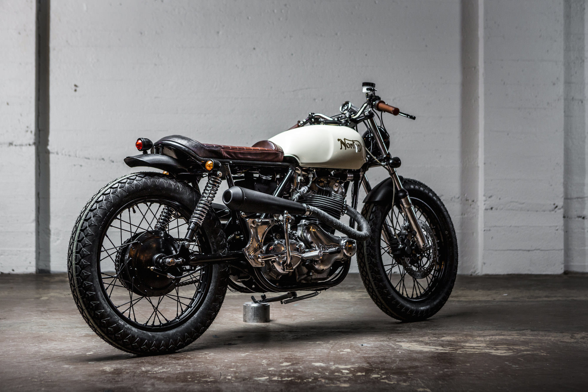 Norton Commando Tracker By Federal Moto