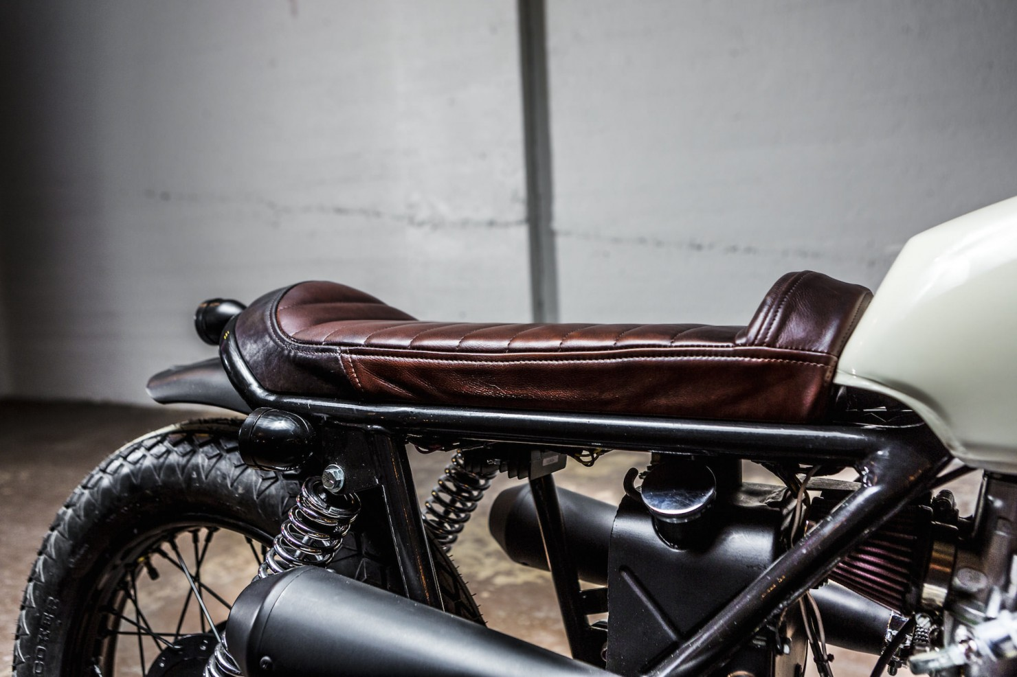 Norton Commando Tracker Seat