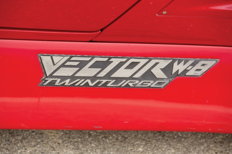 Vector W8 Twin Turbo Badge