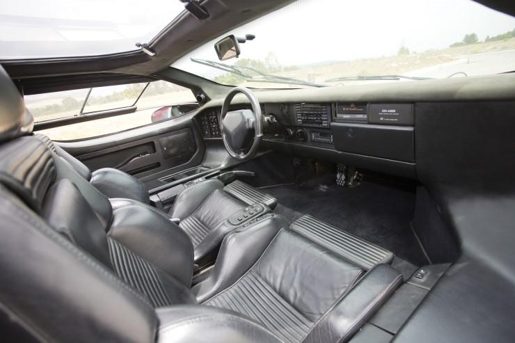 Vector W8 Twin Turbo Inside