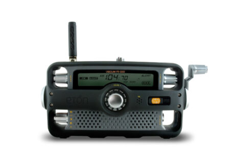 Etón Hand Crank Two Way Survival Radio 450x330