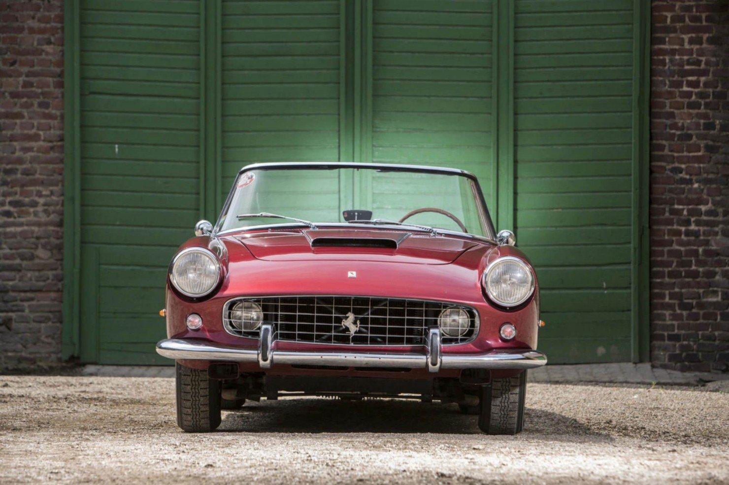Ferrari_250GT_Series_II_7