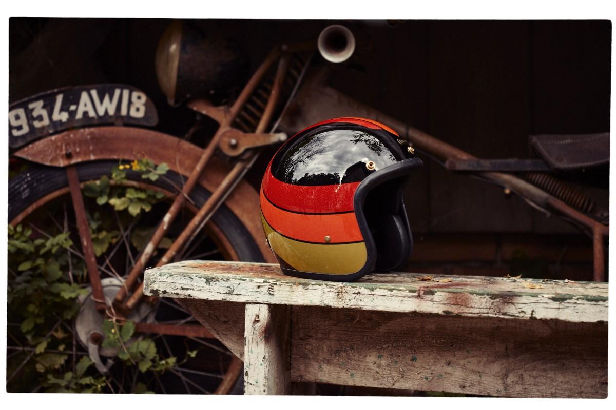 Helmet 1200x800 - The HEDON x 4H10 1971 Kevlar® Helmet