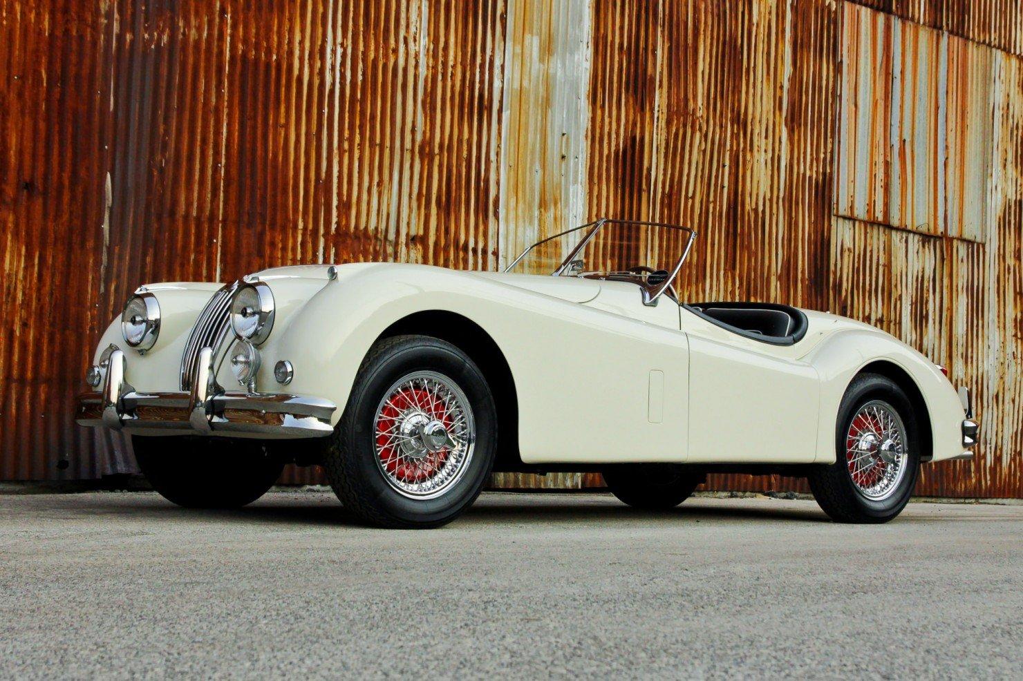 Jaguar_XK140_Car_1