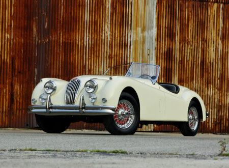 Jaguar_XK140_Car_4